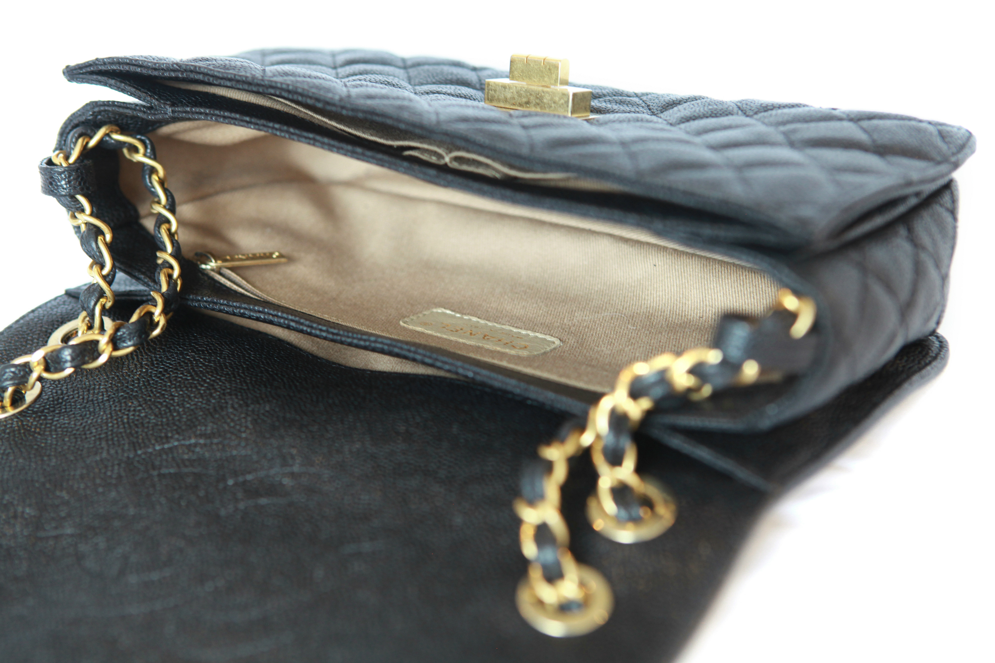 0015f2bfd67 CHANEL_CLASSIC_GOLD_FLAP_BAG Chanel Classic  CHANEL_CLASSIC_GOLD_GOLD_FLAP_BAG