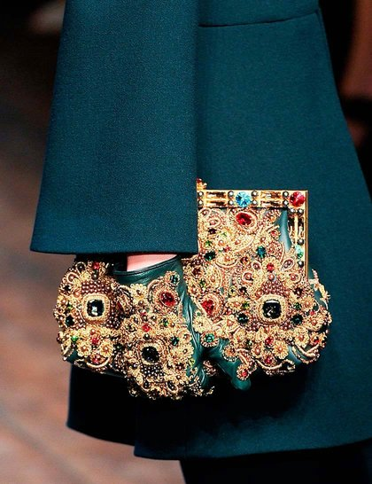 dolce and gabbana clutch